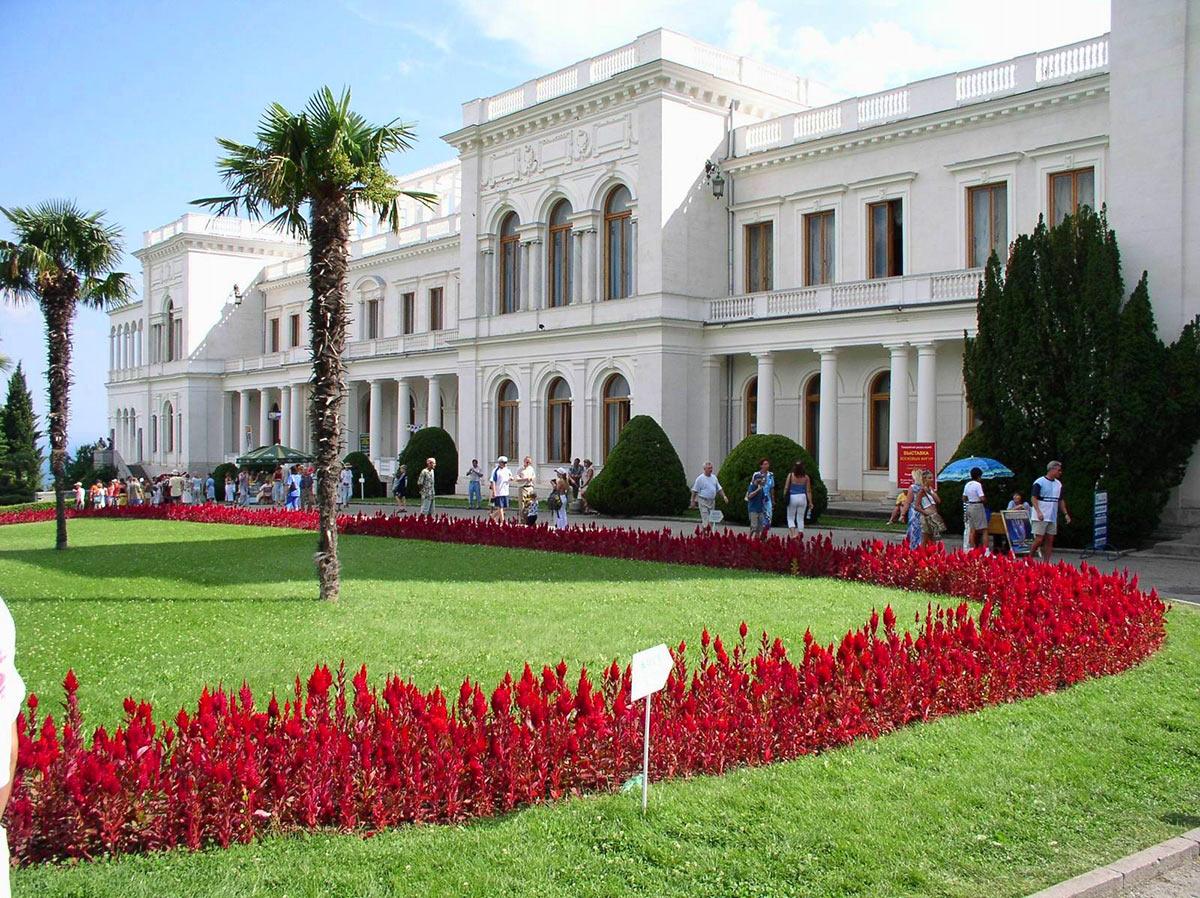 Картинки по запросу Большого Ливадийского дворца крым