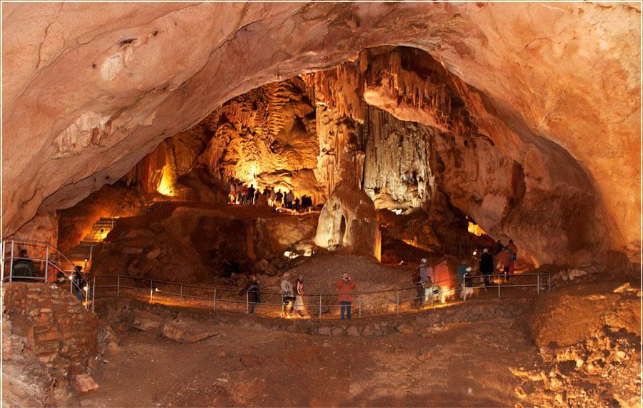 Красные пещеры (Кизил-Коба) иллюстрация 0