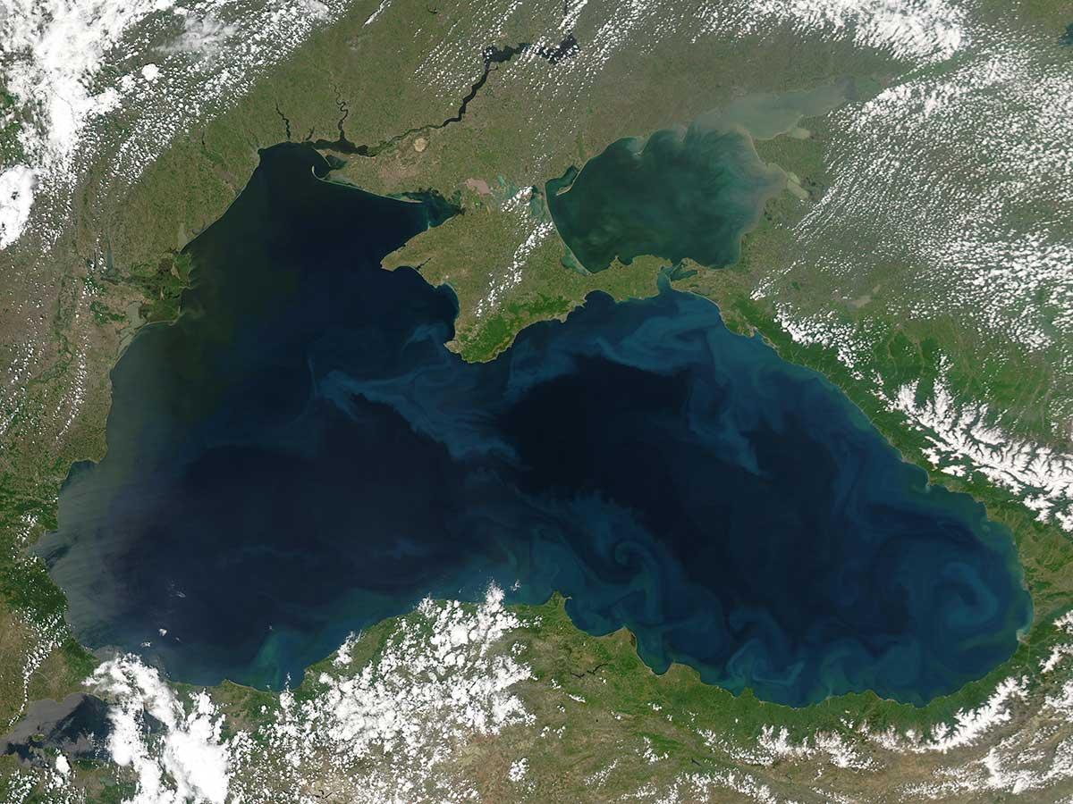 Чёрное море иллюстрация 1